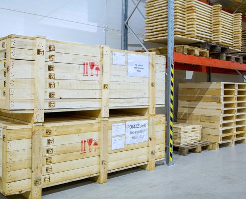 AE Partner logistics packing